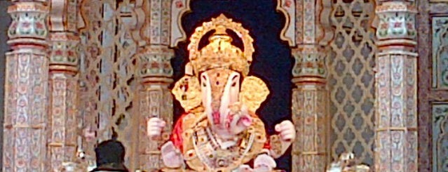 Dagdusheth Halwai Ganpati Mandir is one of Pune #4SqCities.