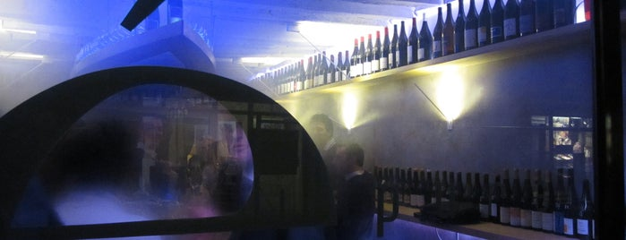 Epure is one of The VERY best wine bars in Paris.