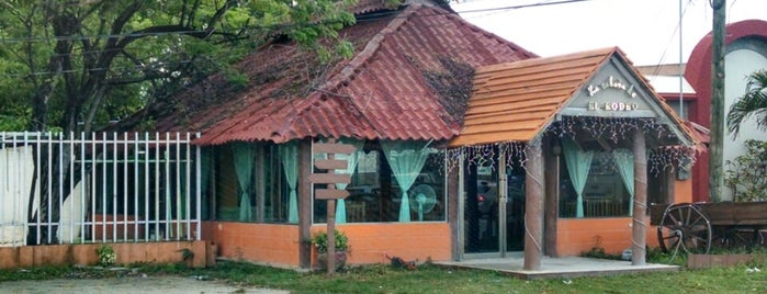 El Rodeo Suc Carretera is one of Restaurantes en Ciudad del Carmen, Campeche.