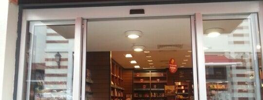 İnkılap Kitap Evi is one of Veni Vidi Vici İzmir 1.