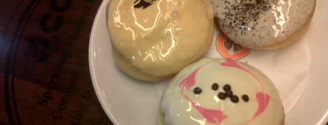 J.Co Donuts & Coffee is one of My adventure collection !.