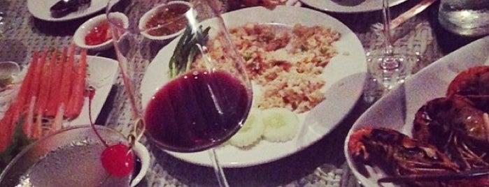 Serenade Restaurant & Wine Bar is one of Favorite Eateries!.