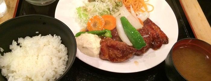 ケニア is one of 飲食店 吉田地区.