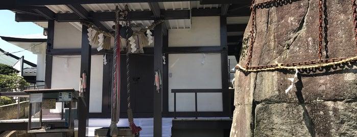 三ツ石神社 is one of Shinto shrine in Morioka.