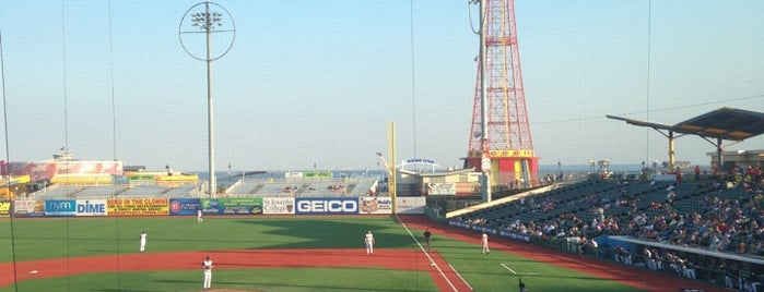 MCU Park is one of NYC Badge (relaunch).
