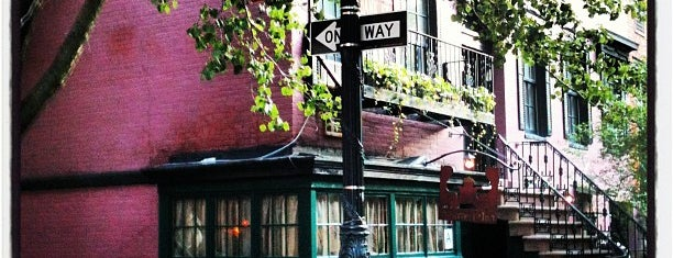 The Waverly Inn is one of NYC ONCE AGAIN.