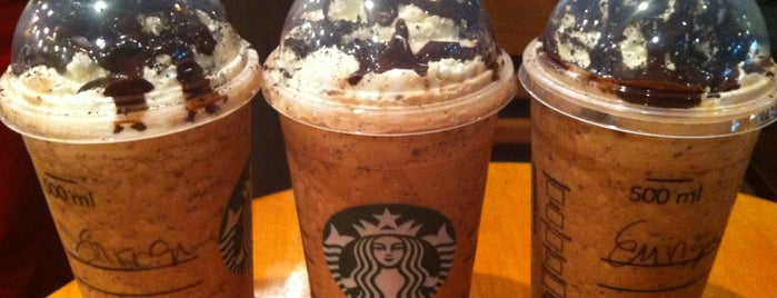 Starbucks Coffee is one of Mis sitios.