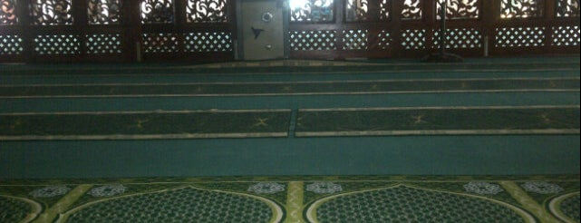 Masjid Jamek Kajang (مسجد جامع كاجڠ) is one of Baitullah : Masjid & Surau.