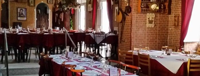 Adega Tia Rosa is one of Food & Fun - Lisboa.