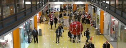 Centro Commerciale Vulcano Buono is one of centri commerciali.