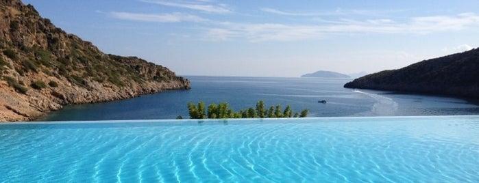 Daios Cove Luxury Resort & Villas is one of 주변장소5.