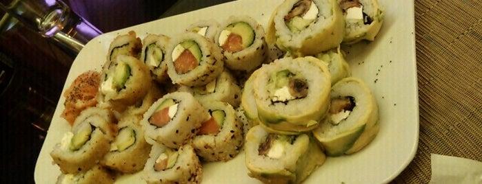 Sushi On-Line is one of sushis probados por mi!.