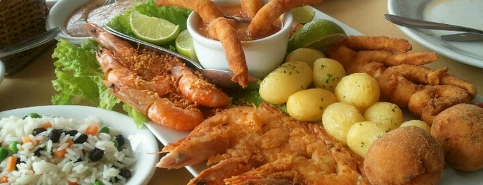 Casa da Lagosta is one of Aonde comer em BC.