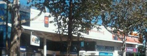 Centros de Atención Nextel is one of Muchos.