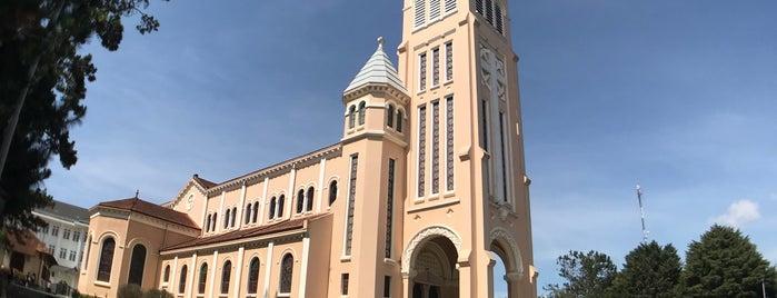 Nhà thờ Con Gà is one of Da Lat.