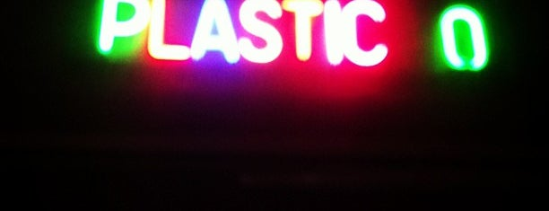 Plastic is one of Milan.