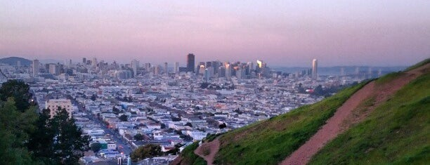 Bernal Heights Park is one of A Few SF Gems I've Found.