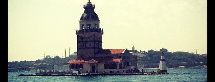 Kız Kulesi is one of Istanbul - En Fazla Check-in Yapılan Yerler-.
