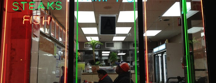 Wimpy's Hamburger Place is one of Harlem.