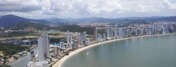 Praia Central de Balneário Camboriú is one of O Bom do Litoral Sul Catarinense.