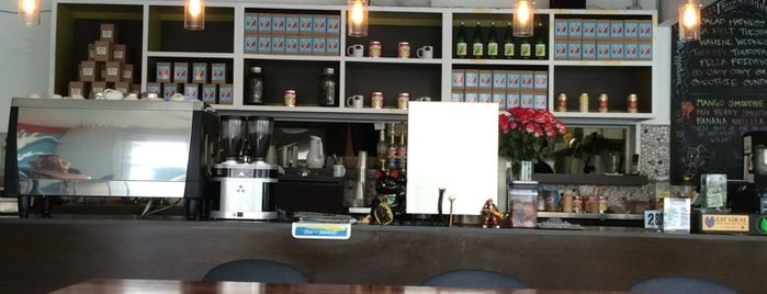 Fresh Cafe is one of O'ahu Cofficing and Coworking.