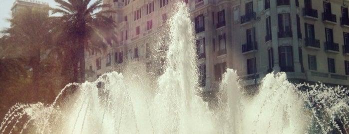 Plaza Puerta del Mar is one of Alicante (plazas y jardines).