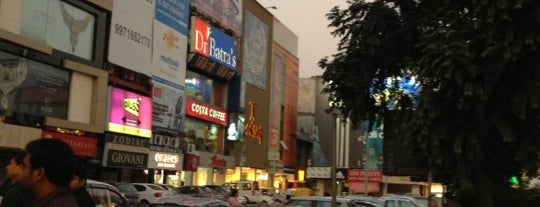 South Extension - I Market is one of Top 10 favorites places in Delhi.