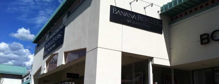 Banana Republic is one of Favorites - Stores.