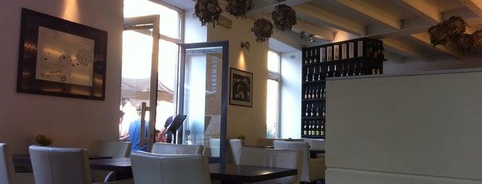 Via Roma 33 is one of Veneto best places.
