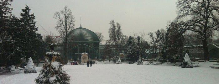 Jardin des Serres d'Auteuil is one of Attractions to Visit.