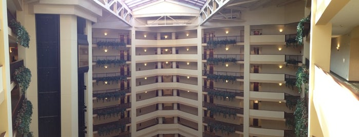 Renaissance Tulsa Hotel & Convention Center is one of Ren.