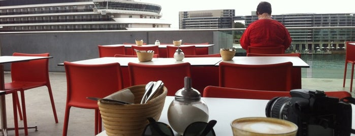 The MCA Cafe & Sculpture Terrace is one of art+coffee.