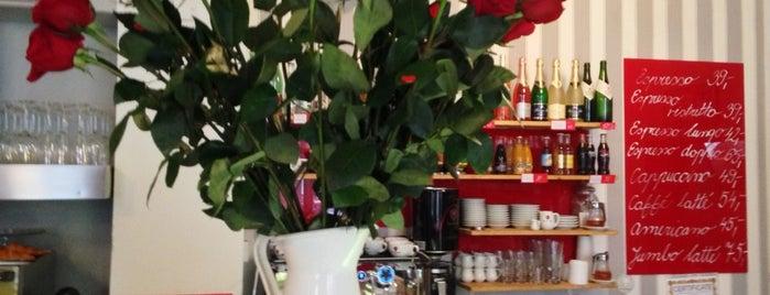 Les Kamarades is one of Café.