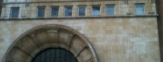 Whitechapel Gallery is one of london.