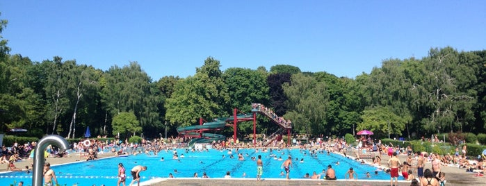 Sommerbad Humboldthain is one of Best sport places in Berlin.