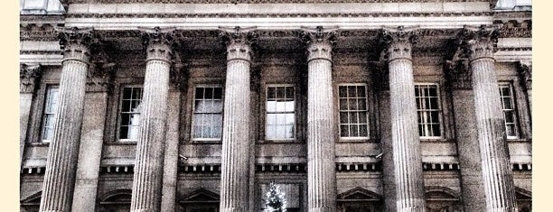 Mansion House is one of Around The World: London.