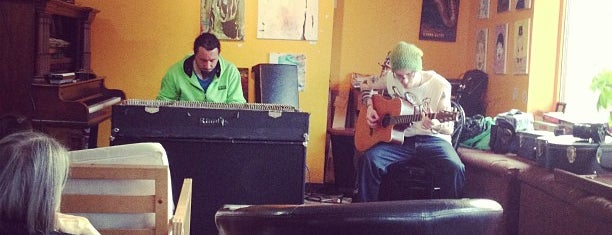 Umi Café is one of No town like O-Town: Indie Coffee Shops.