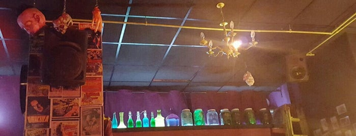 Zombie Rocks is one of Valencia, sitios que me gustan..