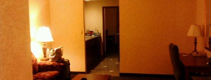 Drury Inn & Suites Indianapolis Northeast is one of Cheap Indianapolis Hotels.