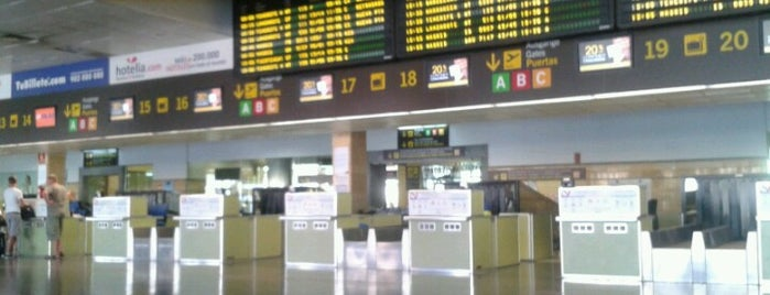 Aeropuerto de Gran Canaria (LPA) is one of Airports in Europe, Africa and Middle East.