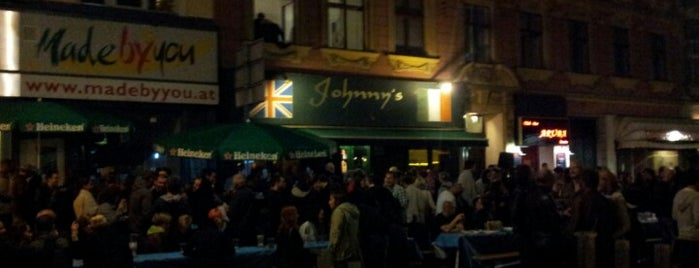 Johnny's Pub is one of vienna.