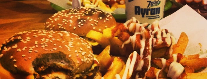 Kiezburger is one of Burger in Berlin.