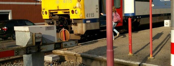 Station Aalst-Kerrebroek is one of Bijna alle treinstations in Vlaanderen.