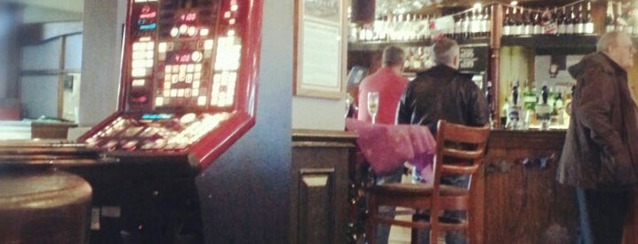 The Lord Arthur Lee (Wetherspoon) is one of JD Wetherspoons - Part 1.