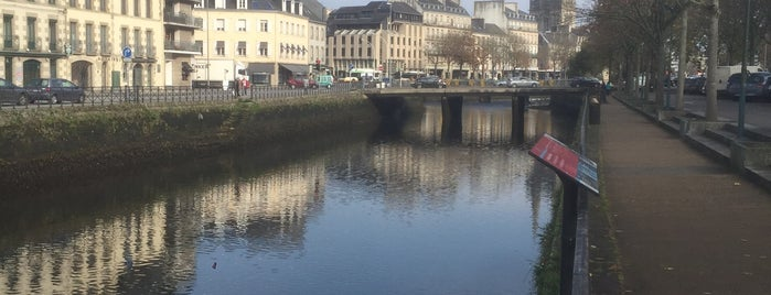 Mont Frugy is one of Quimper.