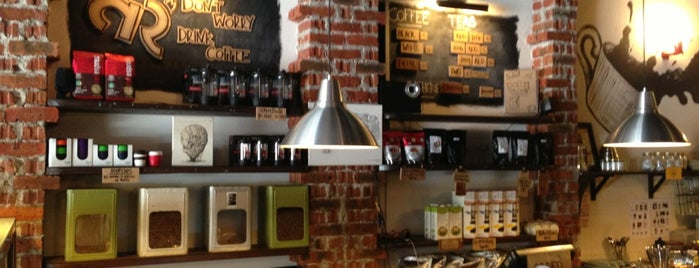 Artisan Roast Cafe is one of Coffee@Venture ^.^v.