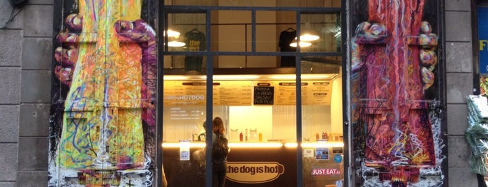 The Dog Is Hot is one of Cheap Eats Barcelona 5-10€.