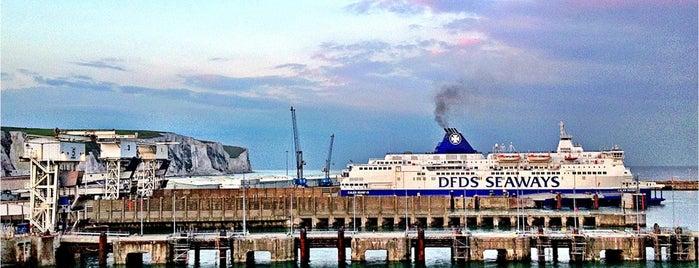 Terminal Ferry de Calais is one of Outdoors.