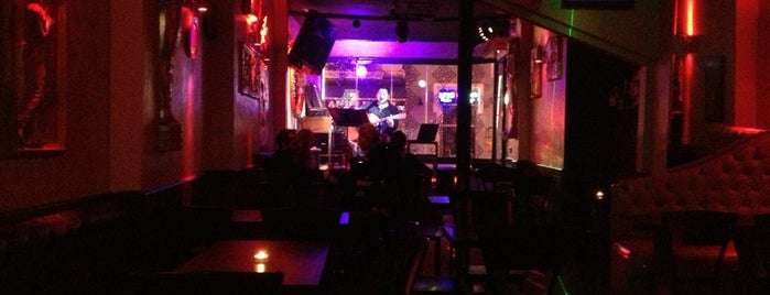 Şukufe Bar is one of İstanbul Avrupa Yakası #2 🍁🍃.