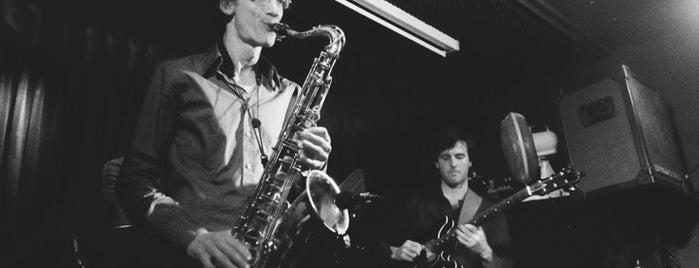 Jazz Café Alto is one of Amsterdam 2015.
